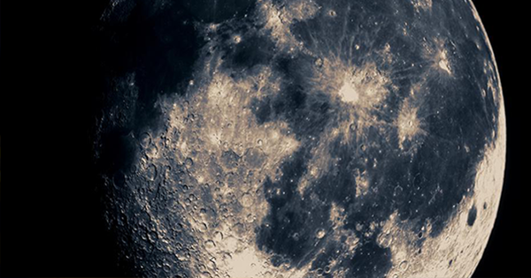 NASA Released 4K Video of the Moon – Is This the End for the Moon Landing Conspiracy?